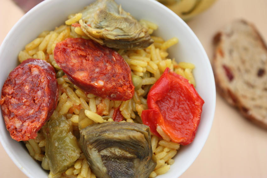 Rice with artichokes and chorizo