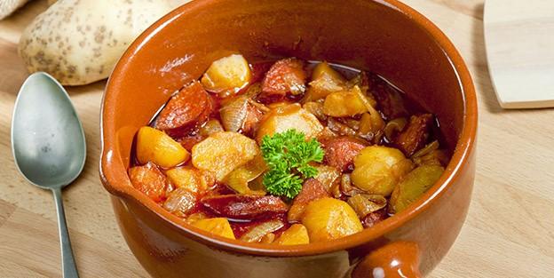 Beef stew with chorizo